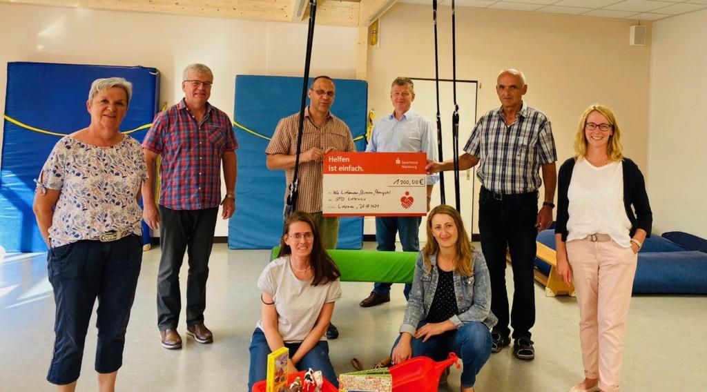 Kitas erhalten Spende der SPD